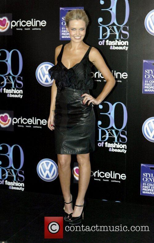 Lara Bingle 5