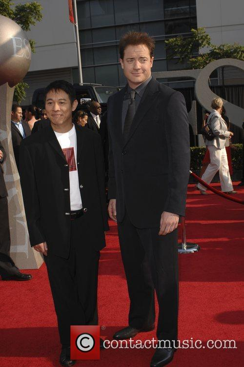 Jet Li and Brendan Fraser 5