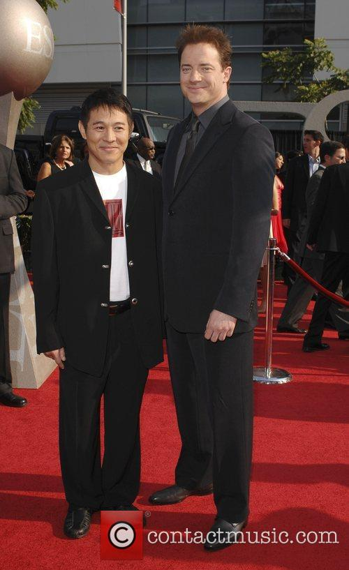 Jet Li and Brendan Fraser 3