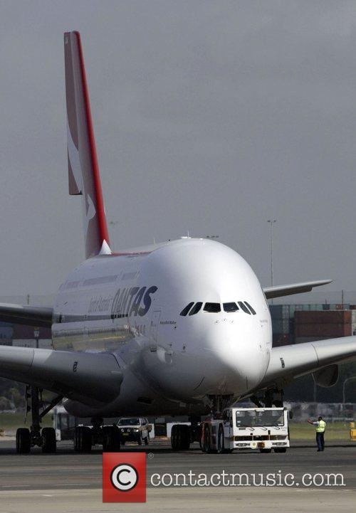 Qantas Welcomes Its First A380 Jet To Australia. The Aircraft 5