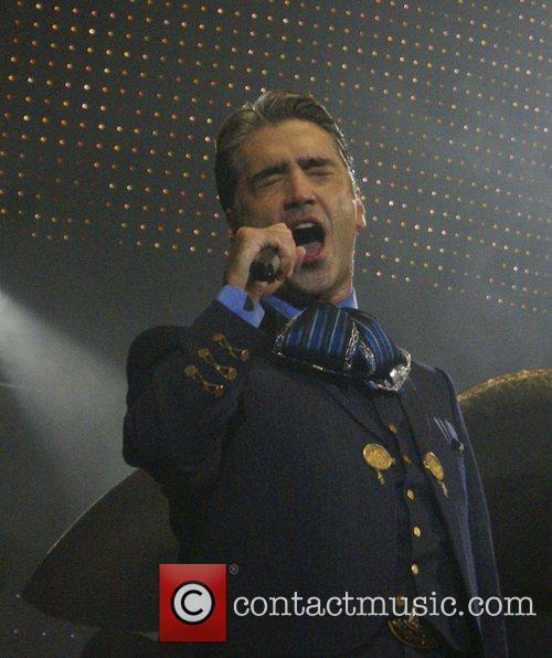 Alejandro Fernandez 3