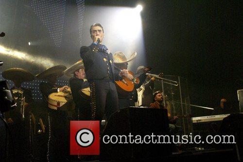 Alejandro Fernandez 8