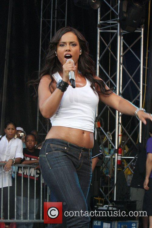 Performs at the annual 'Summer Jam' concert