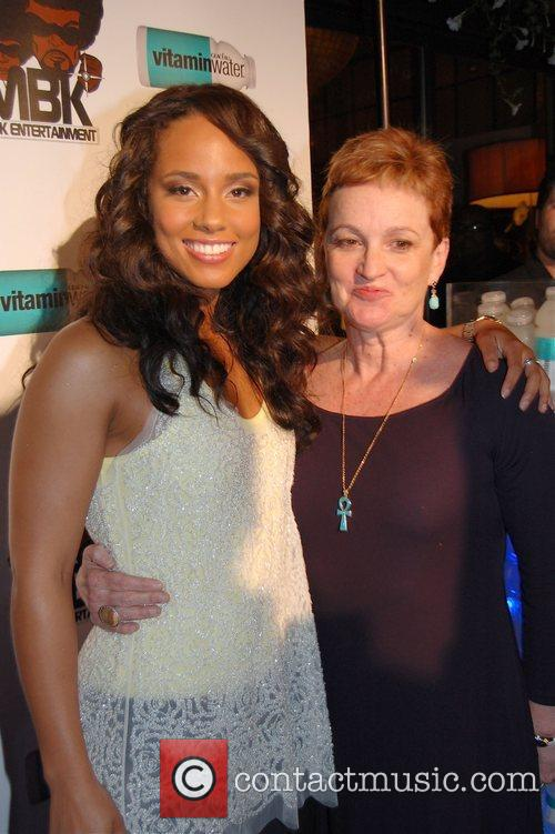 Alicia Keys and her mother Alicia Keys after...