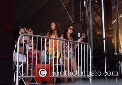 Zoe Kravitz watching the concert with friends All...