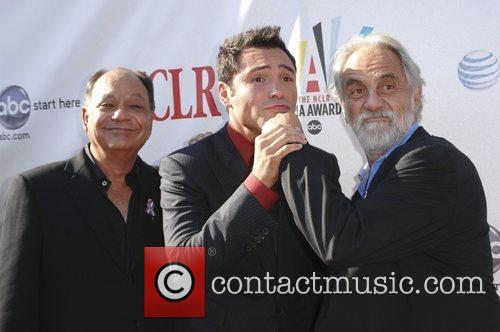 Tommy Chong and Cheech Marin With Oscar De La Hoya 3