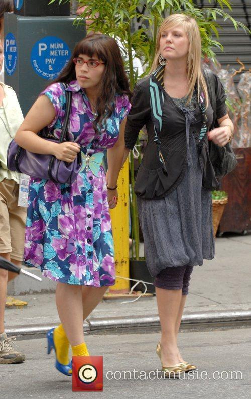 America Ferrera and Ashley Jensen 8