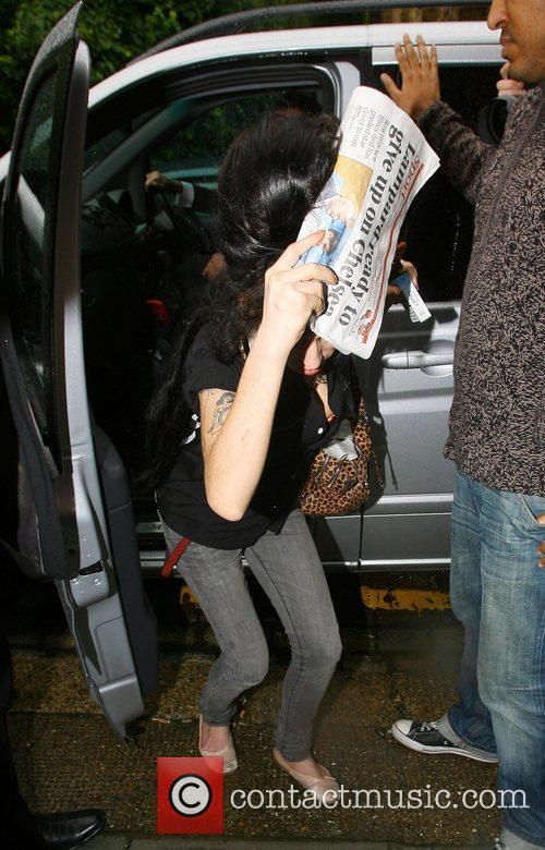 Amy Winehouse and Blake Fielder-civil 3