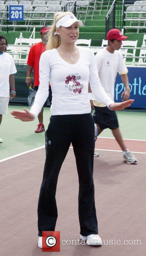 Anna Kournikova and the Washington Kastles World Team...