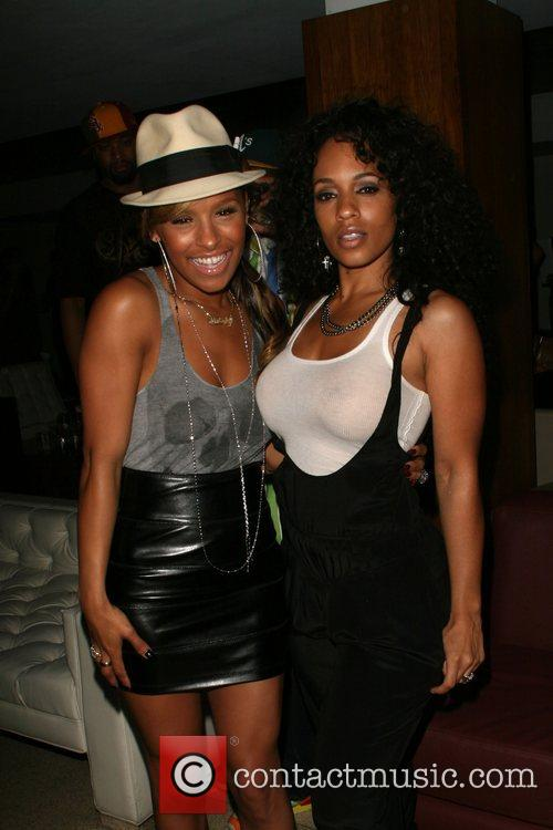 Melody Thornton of The Pussycat Dolls and Melissa...