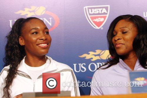Venus Williams, Billie Jean King and Serena Williams 4
