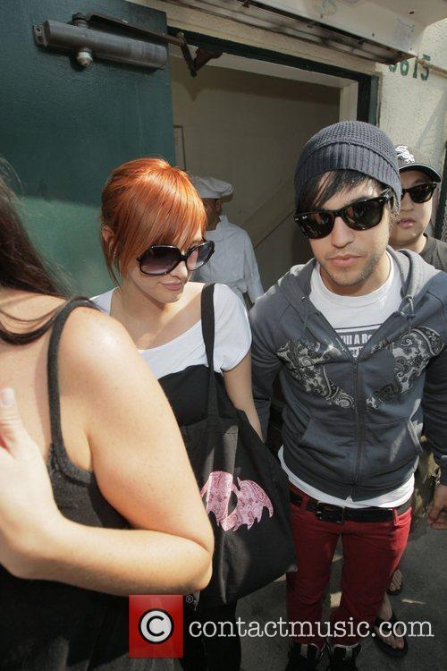 Ashlee Simpson and Pete Wentz leave Cafe Med...