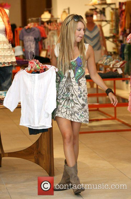 Ashley Tisdale  does some shopping after eating...