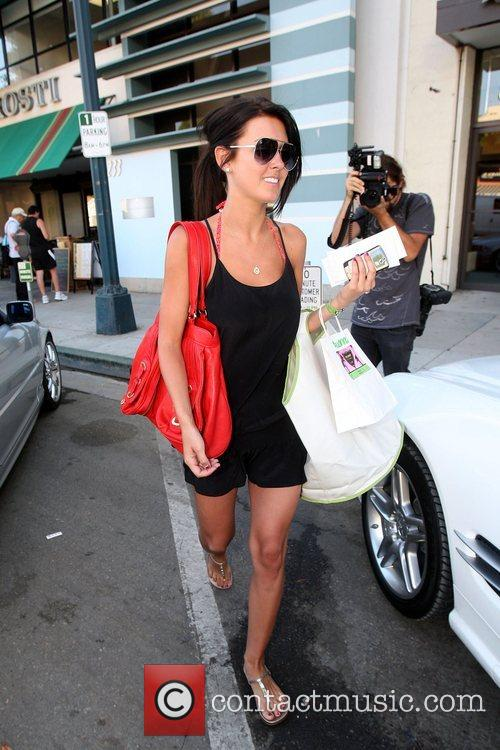 'The Hills' star Audrina Patridge collects her clothes...