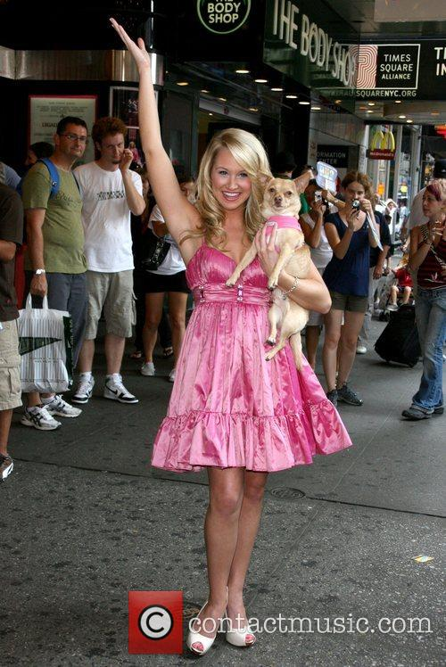 Bailey Hanks, Legally Blonde and Mtv 5