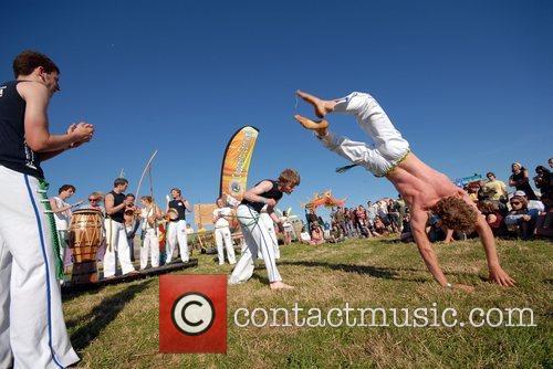 Cornish Capoeira demonstration Beach Break Live 2008 -...