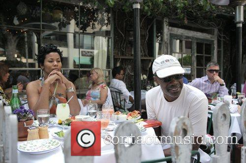 Bishop Noel Jones Has Lunch With A Friend At The Ivy 4