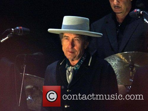 Bob Dylan and Optimus Alive 10