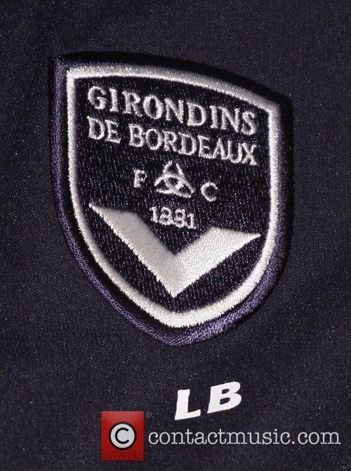 Bordeaux crest Bordeaux train at Stamford Bridge ahead...