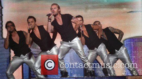 Shane Lynch, Ronan Keating and Stephen Gately 4