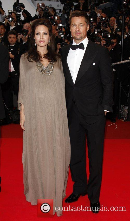 JOLIE GIVES BIRTH TO BOY AND GIRL