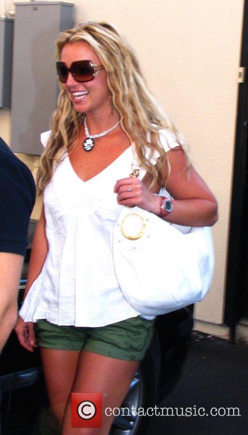 Britney Spears leaving Lisa Kline on Robertson Blvd...