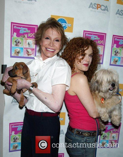 Mary Tyler Moore and Bernadette Peters 3