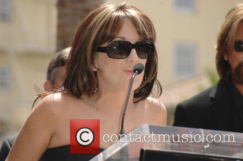 Robin McGraw Brooks and Dunn receive a star...