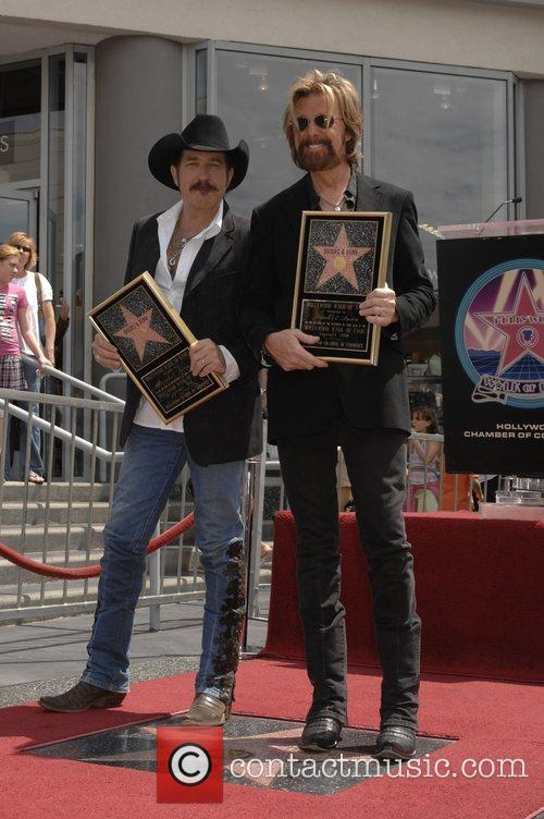 Brooks & Dunn Honoured At The Hollywood Walk...