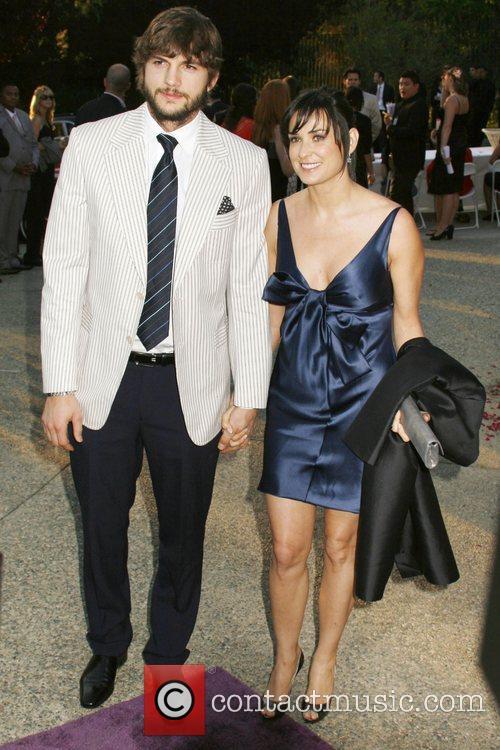 Ashton Kutcher and Demi Moore 10