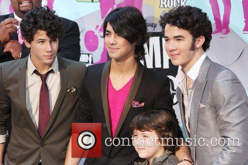 Jonas Brothers, Disney and Ziegfeld Theatre 1