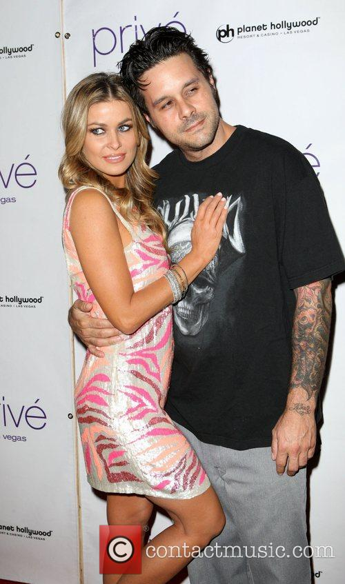 Carmen Electra and Rob Petterson 9
