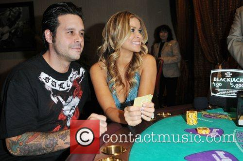 Carmen Electra and fiance Rob Patterson 6