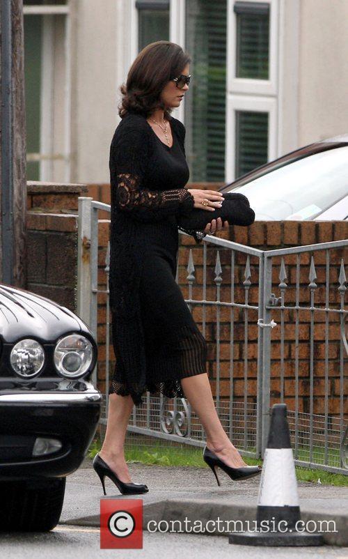 Catherine Zeta Jones arrives at her grandmother's house...