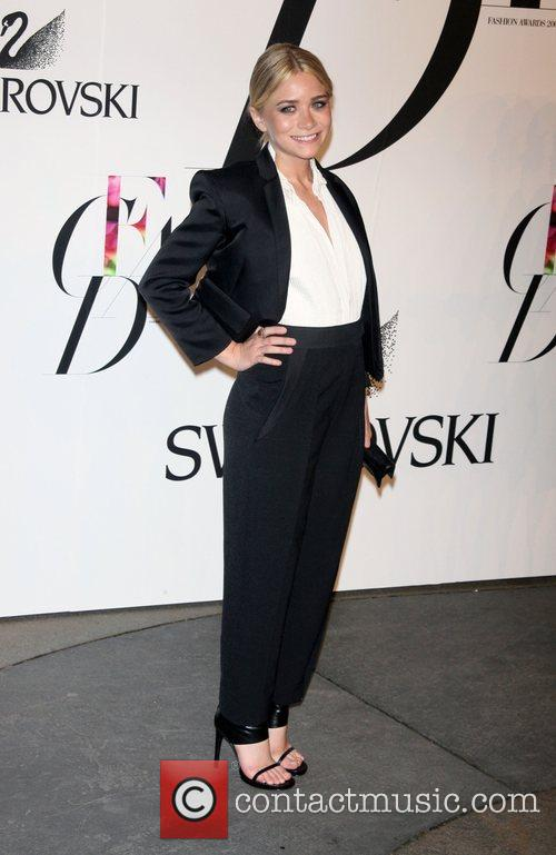 Ashley Olsen and Cfda Fashion Awards 2