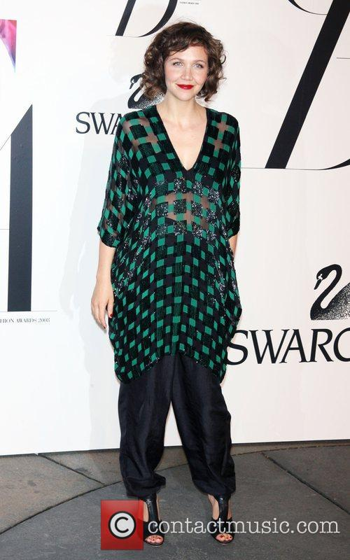 Maggie Gyllenhaal and Cfda Fashion Awards 3
