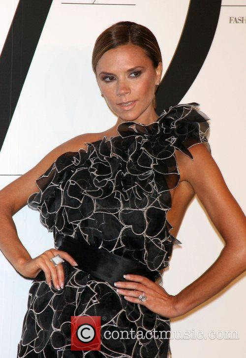 Victoria Beckham and Cfda Fashion Awards 6