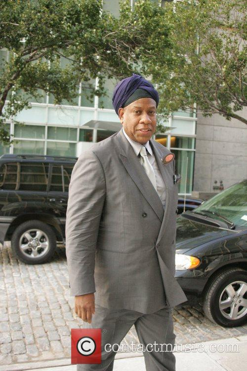 Andre Leon Talley arrives at Calvin Klein's New...