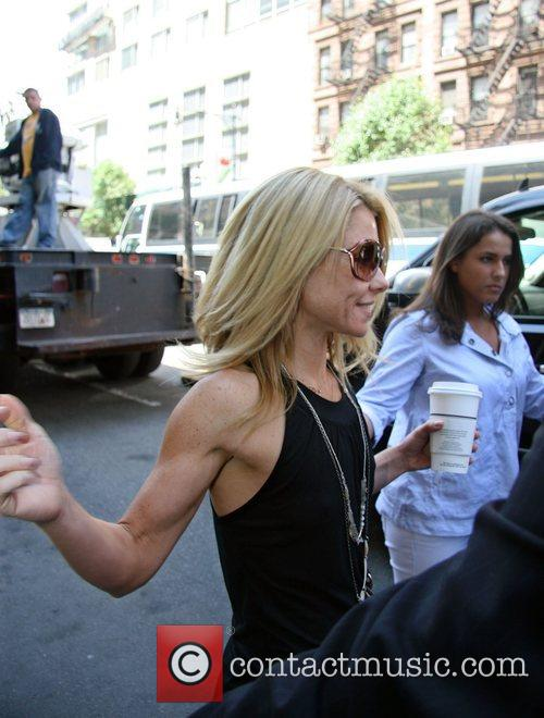 Kelly Ripa 9