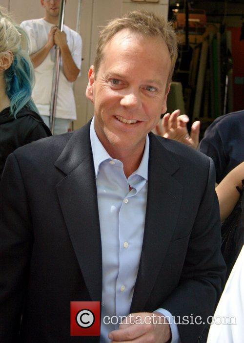 Kiefer Sutherland, Abc and Abc Studios 3
