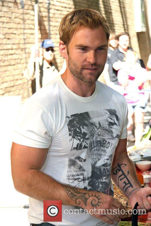 Seann William Scott, Abc and Abc Studios 1