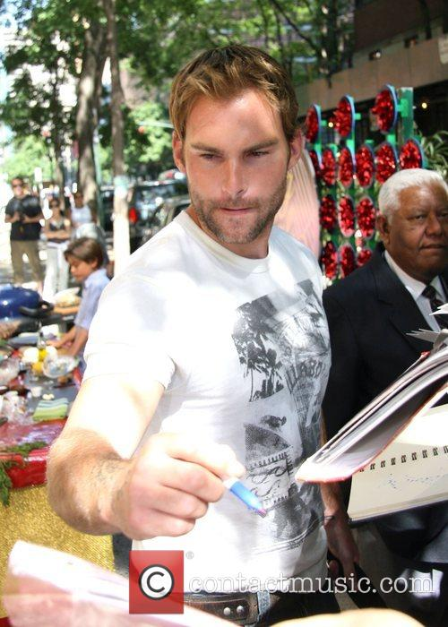 Seann William Scott, Abc and Abc Studios 4