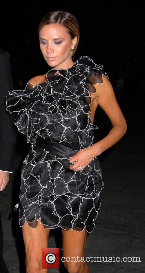 Victoria Beckham and Cfda Fashion Awards 7