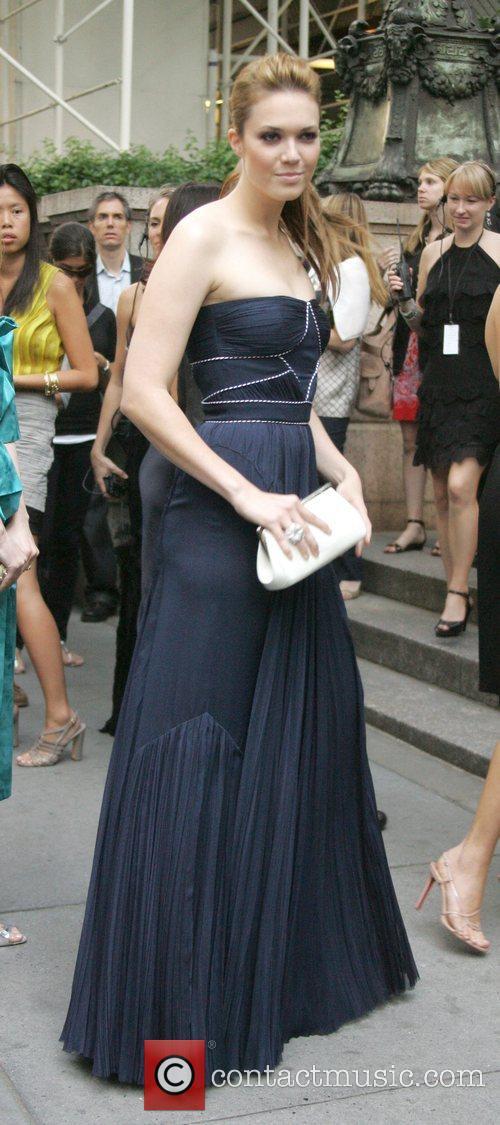 Mandy Moore and Cfda Fashion Awards 1