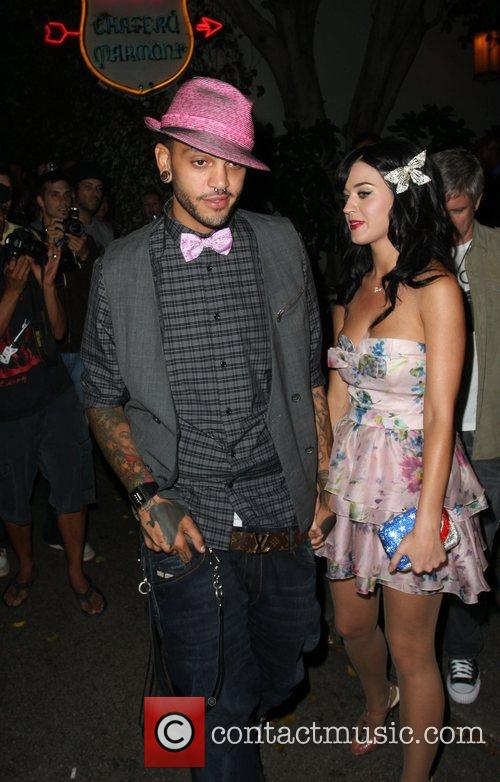 Travis Mccoy and Mtv 5