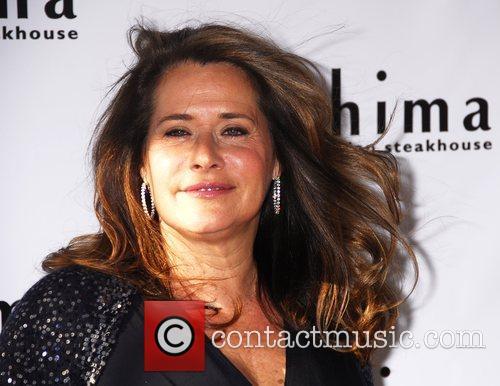 Lorraine Bracco Hosts a Wine Tasting at Chima...