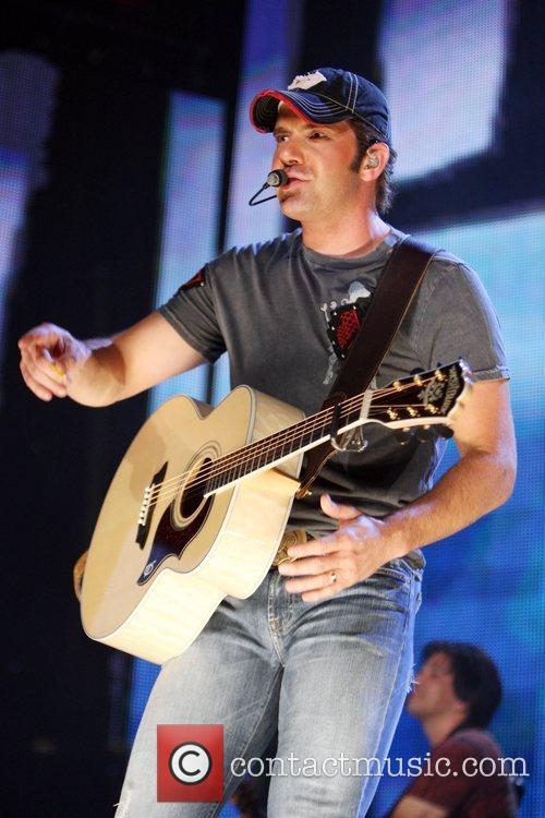 2008 CMA Music Festival Day 3 - The...