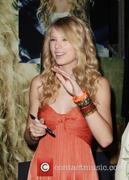 Taylor Swift 3