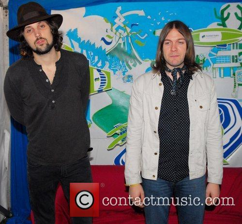 Sergio Pizzorno and Tom Meighan 1