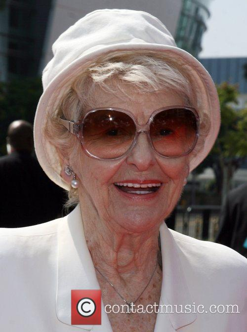 Elaine Stritch arriving at the Creative Primetime Emmy...